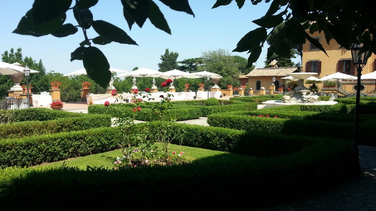 Giardini all 39 italiana casalromito villa per matrimoni - Giardini curati ...